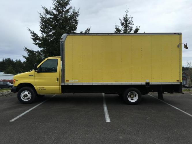 1998 Yellow box truck /Gray Ford Econoline Commercial Cutaway cutaway box (1FDWE37L5WH) with an V-8 engine, Automatic transmission, located at 1283 SE Sedgwick Road, Port Orchard, WA, 98366, (360) 876-9300, 47.505535, -122.635643 - Photo #1