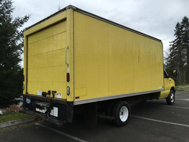 1998 Yellow box truck /Gray Ford Econoline Commercial Cutaway cutaway box (1FDWE37L5WH) with an V-8 engine, Automatic transmission, located at 1283 SE Sedgwick Road, Port Orchard, WA, 98366, (360) 876-9300, 47.505535, -122.635643 - Photo #8