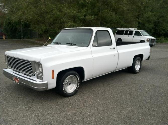 1975 Chevrolet 1/2 Ton Long Box Pickup White