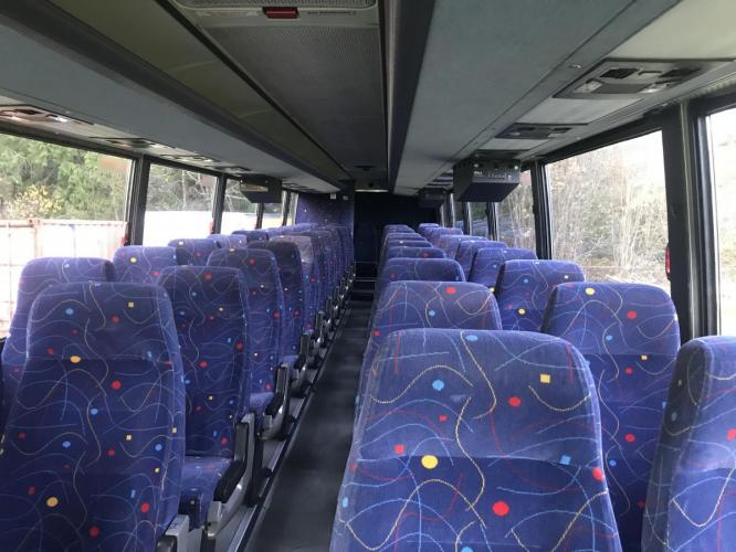 2000 White /Blue Other Transit Bus - (WKK138VC2Y1) , Automatic transmission, located at 1283 SE Sedgwick Road, Port Orchard, WA, 98366, (360) 876-9300, 47.505535, -122.635643 - Photo #8